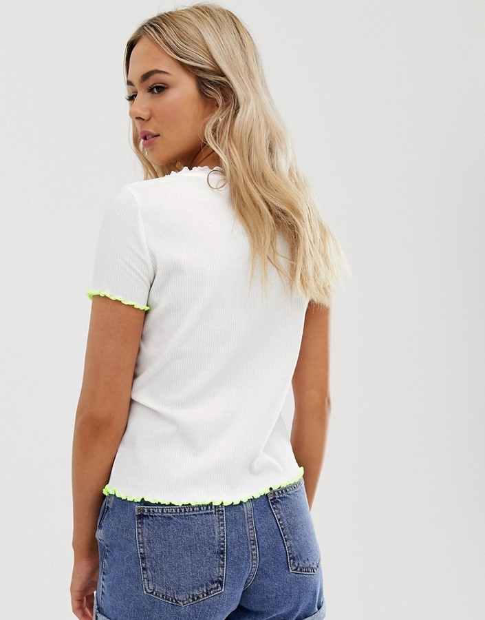 Thumbnail for your product : Pimkie contrast lettuce edge t-shirt in white