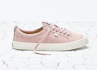 Cariuma OCA Low Rose Suede Sneaker Women