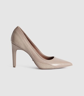 Reiss Maddy - Snake Detailed Leather Court Shoes in Truffle
