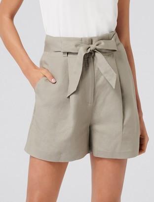 Forever New Molly High-Waist Shorts - Sweet Clover - 4