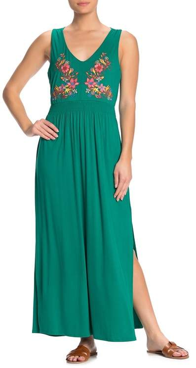 Spense Floral Embroidered Strappy Maxi Dress