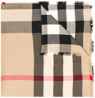 Burberry cashmere Check rectangular scarf