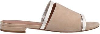 LA RUE NOIR Sandals