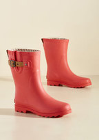 ModCloth Puddle It Be? Rain Boot in Watermelon in 7
