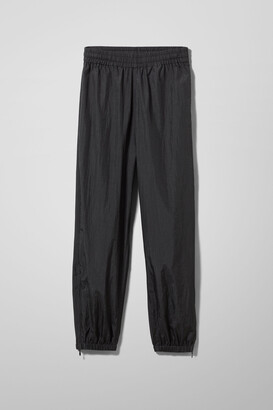 Weekday Andrew Woven Joggers - Black