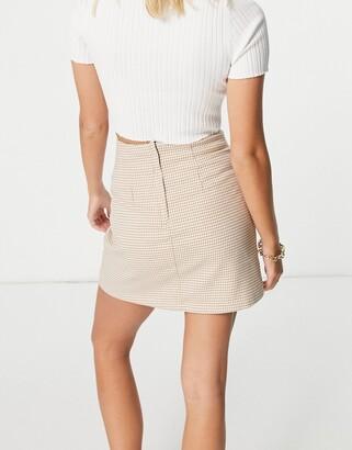 Monki River mini skirt in tan dogtooth