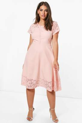 boohoo Plus Lace Panelled Cap Sleeve Skater Dress