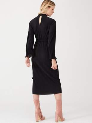 Very High Neck Plisse Midi Dress - Black