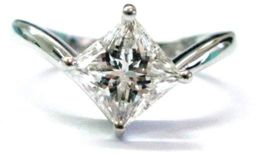 Damiani Platiunm 1.63ct Diamond Solitaire Ring