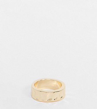ASOS DESIGN Curve ring in hammered design in gold tone