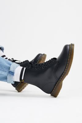 Dr. Martens 8-Eyelet Boots - Black UK 6 at Urban Outfitters