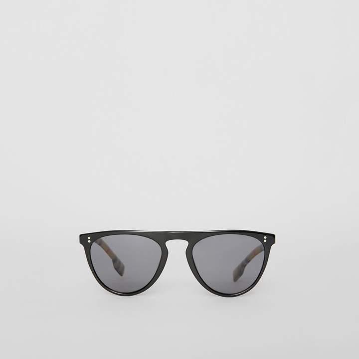 Burberry Vintage Check Detail Keyhole D-shaped Sunglasses