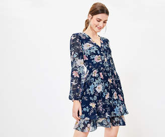 Oasis Floral Pleat Lace Dress