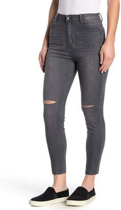 Tractr Ultra High Rise Ankle Crop Jeans