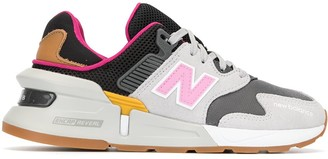 New Balance Panelled Logo Sneakers