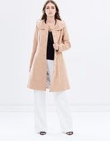 Review Leona Coat