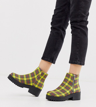 Park Lane wide fit side zip boot in yellow check