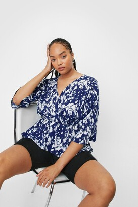 Nasty Gal Womens Something Wild Plus Animal Peplum Blouse - Blue - 16