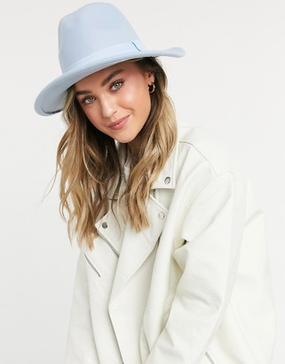 My Accessories London fedora in baby blue with matching band