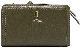 Marc Jacobs Softshot billfold wallet