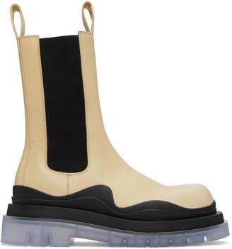 Bottega Veneta Off-White and Black Medium Tire Chelsea Boots