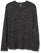 Gap Softspun long sleeve notch tee