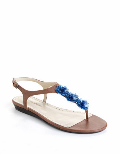 Adrienne Vittadini Tigger T-Strap Sandals
