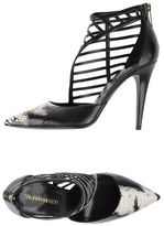 Tamara Mellon Court