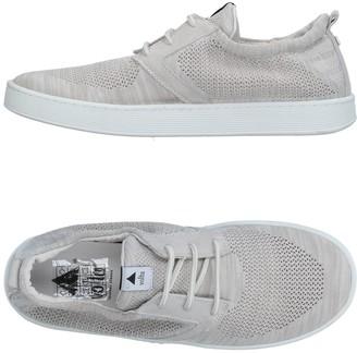 Volta Low-tops & sneakers
