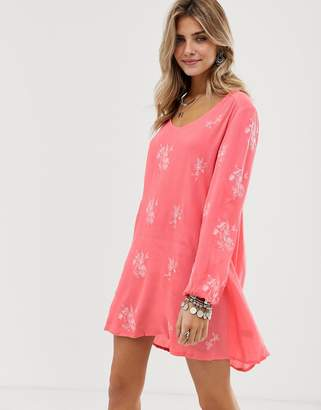 En Creme floral embroidered smock dress with cut out back detail-Pink