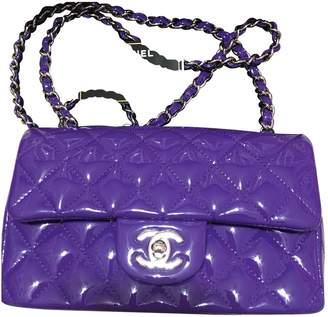 Chanel Timeless/Classique Purple Patent leather Handbags