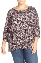 Sejour Embroidered Neck Blouse (Plus Size)