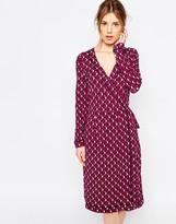 Yumi Geo Daisy Print Wrap Dress