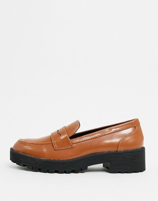 London Rebel chunky loafers in tan