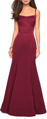 La Femme Structured Jersey Trumpet Gown