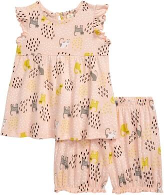 Tucker + Tate Flutter Sleeve Top & Shorts Set