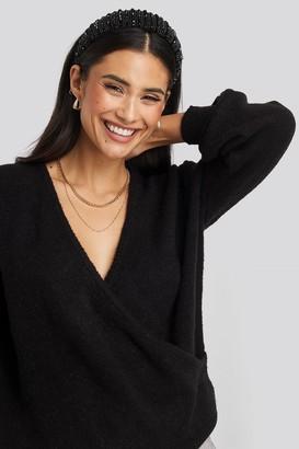 NA-KD V-Neck Overlap Knitted Sweater Black