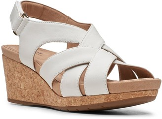 Clarks Un Capri Step Leather Wedge Sandal - White