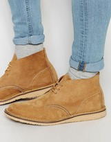 Red Wing Weekender Chukka Boot