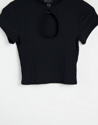 New Look cutout keyhole crop tee in black