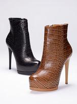 Pour La Victoire Volkova Leather Bootie