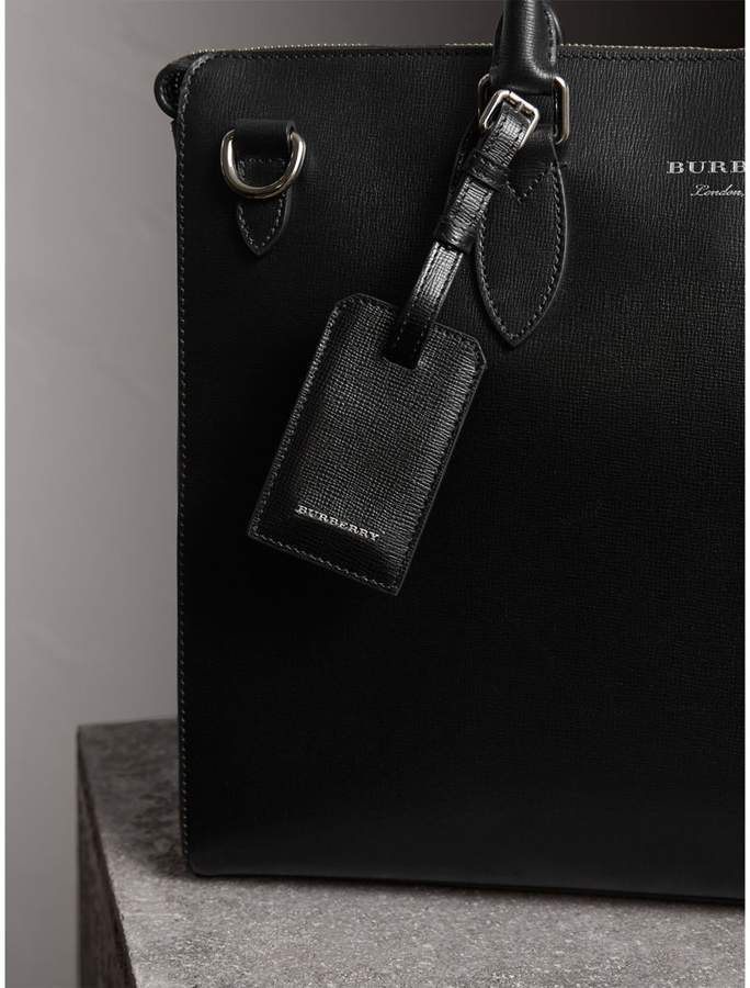 Burberry Leather Luggage Tag, Black
