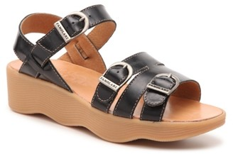 Famolare Honey Bunny Wedge Sandal