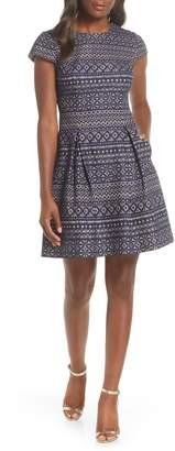 Vince Camuto Short Sleeve Printed Dress