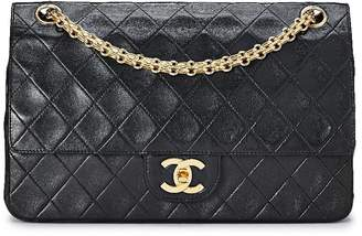 Chanel Black Quilted Lambskin Classic Double Flap Medium