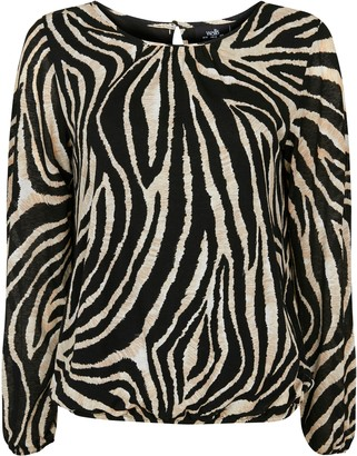 Wallis Monochrome Animal Print Puff Sleeve Top