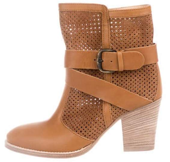 Aquatalia Leather Round-Toe Ankle Boots Leather Round-Toe Ankle Boots
