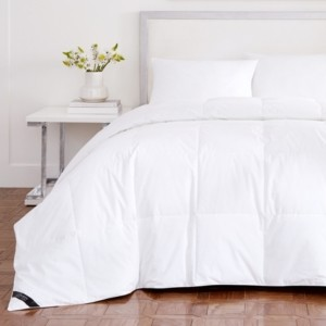 J Queen New York Royalty 233 Thread Count Cotton Allergen Barrier Down Alternative Comforter - King