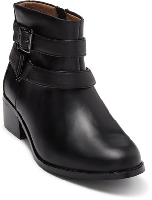 Vionic Mana Leather Ankle Boot - Wide Width Available