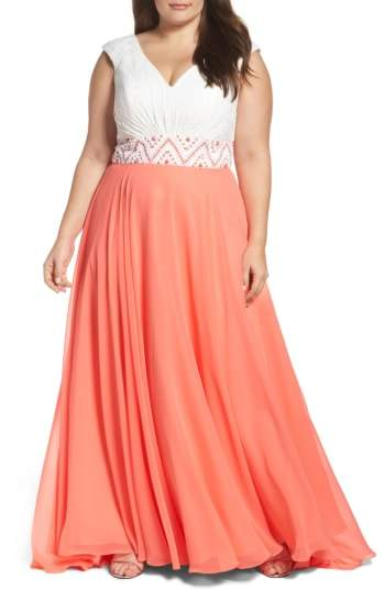Mac Duggal Colorblock Lace & Chiffon Gown